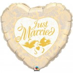 Qualatex 36 Inch Just Married Ivory & Gold Balloon